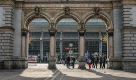 Gammal järnvägsstationport i Lucerne fotografering för bildbyråer