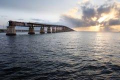 gammal järnväg för bro Arkivfoto