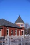 Gammal järnvägbussgarage i Grinnell, Iowa Royaltyfria Foton