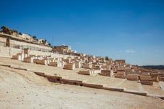 Gammal judisk kyrkogård i Jerusalem Arkivbilder
