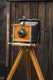 gammal kamera för stort format royaltyfri bild