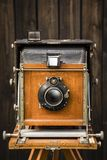 gammal kamera för stort format royaltyfri fotografi