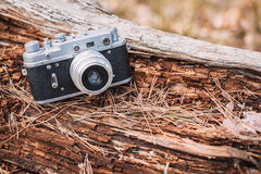 Gammal kamera för tappningLiten-format Rangefinder, 1950-1960s Royaltyfria Bilder