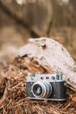 Gammal kamera för tappningLiten-format Rangefinder, 1950-1960s Royaltyfri Foto