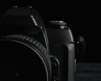 Gammal kamerareflex 35mm royaltyfri foto