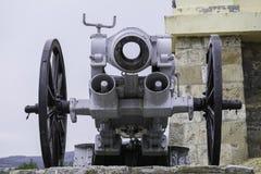 gammal kanon Arkivfoton