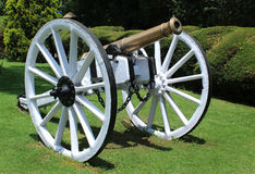 gammal kanon Royaltyfria Bilder