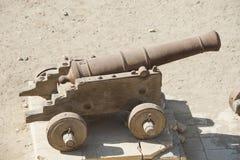 Gammal kanon på ett ottomanfort Royaltyfri Fotografi