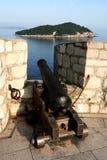 gammal kanonfästning Arkivfoto