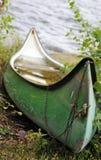 gammal kanot Fotografering för Bildbyråer