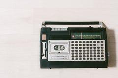 Gammal kassettbandspelare Top beskådar Arkivbild