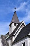 Gammal katolsk kyrka och kyrktorn i Groton, Massachusetts, Förenta staterna Arkivfoto