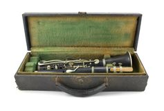 gammal klarinett royaltyfria bilder