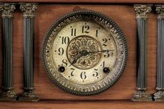 gammal klocka Arkivbild