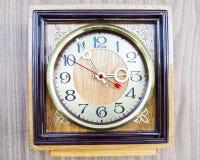 Gammal klocka för foto Royaltyfria Foton