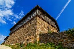 Gammal kloster i Bulgarien royaltyfri foto