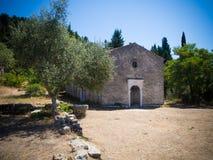 Gammal kloster på Lefkada fotografering för bildbyråer