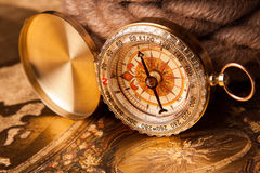 gammal kompass Arkivbild