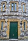 Gammal kontorsbyggnad i Cotswolds royaltyfria foton