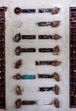 Gammal kontrollbord för slagskeppbelysningströmbrytare Arkivfoton