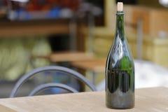 gammal kuggewine för flaska Arkivbilder