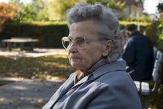 gammal kvinna Fotografering för Bildbyråer