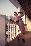 gammal kvinna för klänning Royaltyfria Bilder