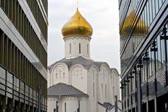 Gammal kyrka Royaltyfria Bilder