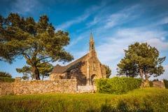 Gammal kyrka i Bretagne, Frankrike Royaltyfri Bild