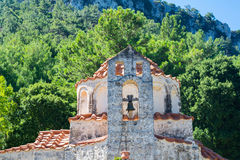 Gammal kyrka på ön Rhodes Royaltyfria Foton