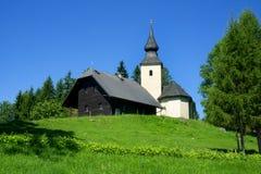 Gammal kyrka, Rogla, Slovenien, Europa royaltyfri foto