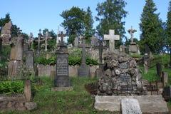 Gammal kyrkogård i Vilnius Arkivbild