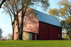 Gammal ladugård i Farmington kullar Michigan Arkivfoto