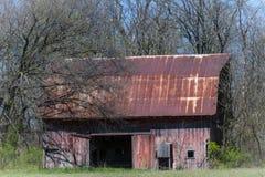 Gammal ladugård nära Dundas, Illinois Arkivfoton