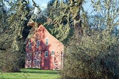 Gammal ladugård på den Findlay lekfristaden Oregon Fotografering för Bildbyråer