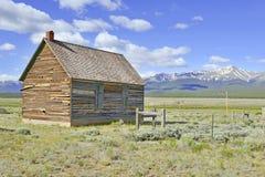 Gammal ladugård på ranchen i det amerikanska västra, USA Arkivbild