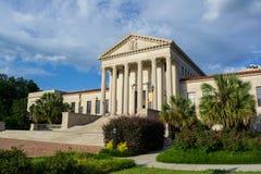 Gammal lagbyggnad på LSU Arkivfoton