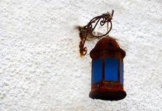 Gammal lampa för gata i Valencia, Spanien Royaltyfria Foton
