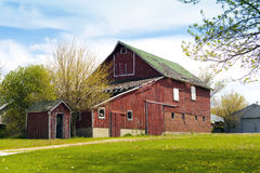 gammal lantgård Arkivfoto