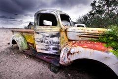 gammal lantlig lastbil Royaltyfri Fotografi