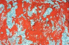 Gammal lantlig metallvägg med sprucken målarfärg Fotografering för Bildbyråer