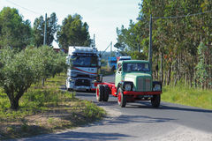 gammal lastbil Royaltyfri Bild