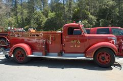 gammal lastbil för 2 brand Royaltyfria Bilder