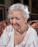 Gammal ledsen kvinna Royaltyfri Foto
