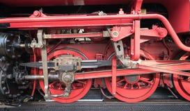 Gammal lokomotiv som en bakgrund royaltyfri fotografi
