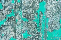 Gammal målad metall som startade att rosta bakgrund Royaltyfri Foto