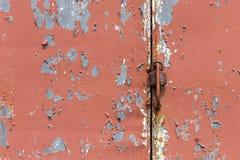 Gammal målad metalltextur med spår av sprickor Royaltyfri Foto