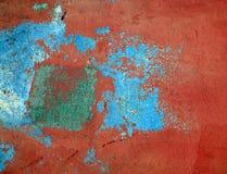 gammal målarfärgskalningsvägg Arkivbild