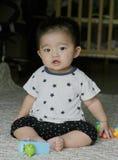 gammal månad för 7 spädbarn Fotografering för Bildbyråer