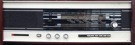 Gammal manuell radio Arkivfoto